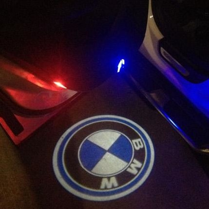 http://avto-neo.ru/files/Dverej_S_Logotipom_BMW_BMV_1_-AVTO-NEO.RU.jpg